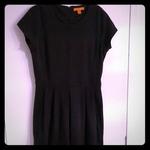 Joe Fresh full skirted dress with pockets